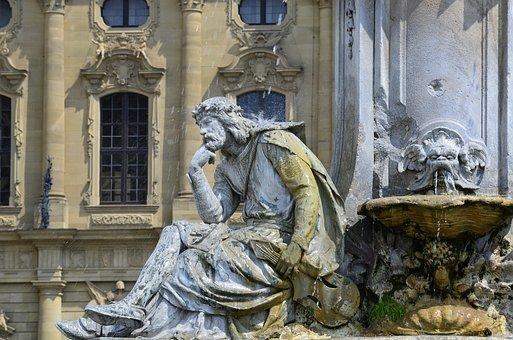 franconia-fountain-3495182__340.jpg